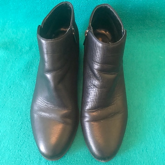 Crown Vintage Shoes - Crown Vintage Smooth Leather Tabitha Bootie